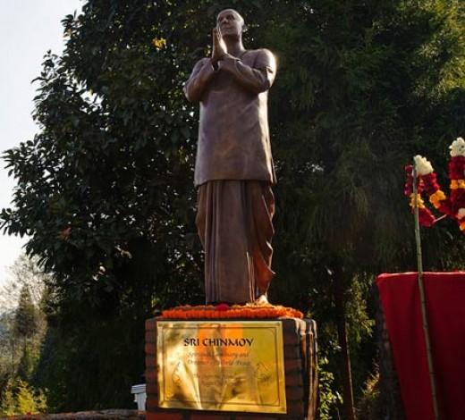 Sri Chinmoy's Statue, Nepal