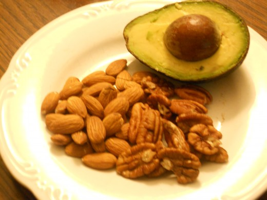 Avocados, almonds and pecans contain healthy fats that can help you lose weight