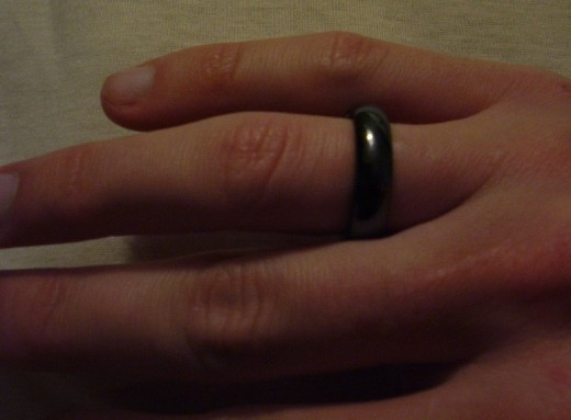This magnetite ring is used to lessen pain in the finger joints and wrist area.  Does it work or is it only a placebo?