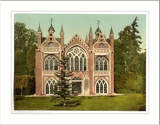 Gothic House II park of Worlitz Anhalt Germany By Snapshots Of The Past (Gothic House II park of Worlitz Anhalt Germany) [CC-BY-SA-2.0 (http://creativecommons.org/licenses/by-sa/2.0)], via Wikimedia Commons