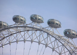 A closer look at the cabins on the London Eye wheel, the High Roller in Las Vegas will be similar.