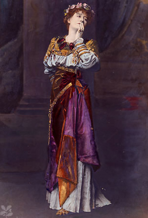 Actress Ellen Terry is said to haunt the Lyceum Theatre.