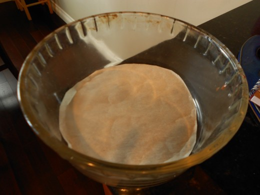 Line and oil sides of deep glass microwave safe dish