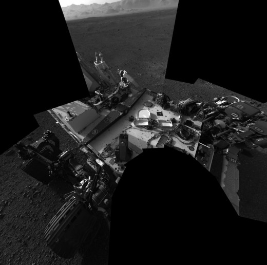 As part of her health checks, Curiosity's mast cam took a self-portrait. Engineers surprised to see  gravel on deck (kicked up by sky crane's thrusters), but it's not impinging on any hardware where it would be a problem.
