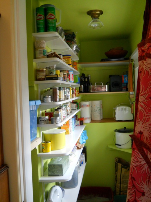 Keeping your pantry stocked with healthy foods is vital for a healthy lifestyle!