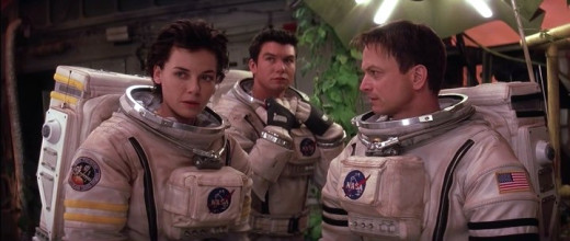 Connie Nielsen,  Jerry O' Connell and Gary Sinise in Mission to Mars (2000)