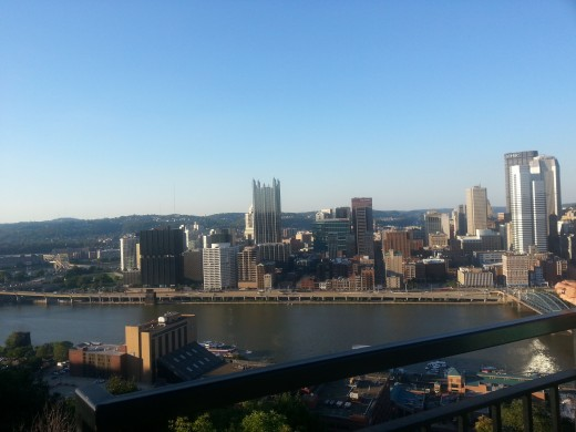 Captivating view of Pittsburgh skyline