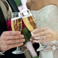 How to save money on your wedding: 5 Extras you can skip