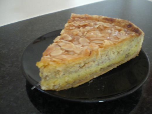 Almond pie