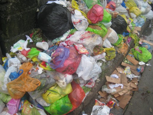 Garbage of plastic, Styrofoam and a lot more (Photo by: Travel Man)