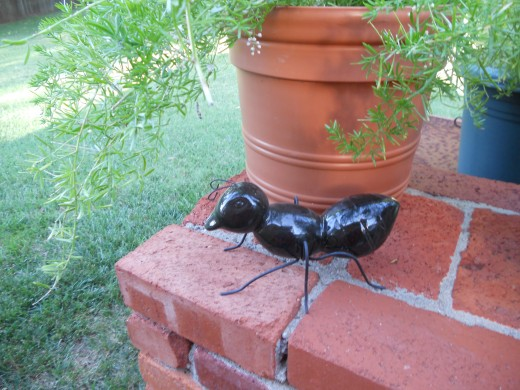 This ant statue can create the feel of a sculpture park in a suburban yard. These garden ornaments of common insects are very popular.