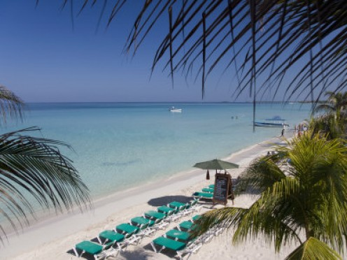 A secluded resort, romantic atmosphere, couples activities and a laid back atmosphere, makes Couples Negril the perfect relaxing vacation for honeymooners and couples looking to add back some spark.