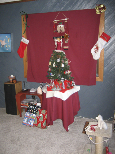 See them under the tree? I didn't!