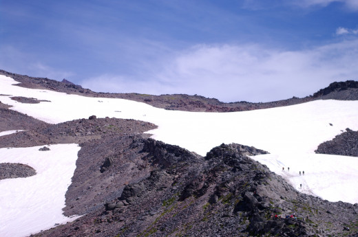 Snowfields on the way to Muir.