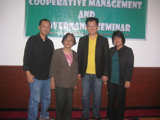 Travel Man along with his fellow cooperators (Natividad Ferrer & Juvic Victorino of Don Galo Coop) and Sir Boyet