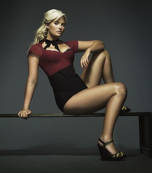 """Plus Size"" Model Whitney Thompson"