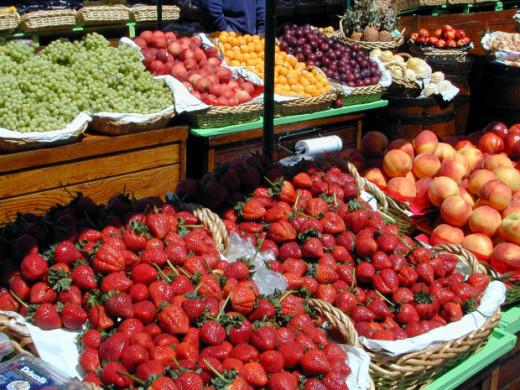 Summertime fruits at the farmer's market.