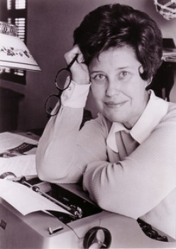 Erma Bombeck: Personal Essayist and Advocate for Social Change