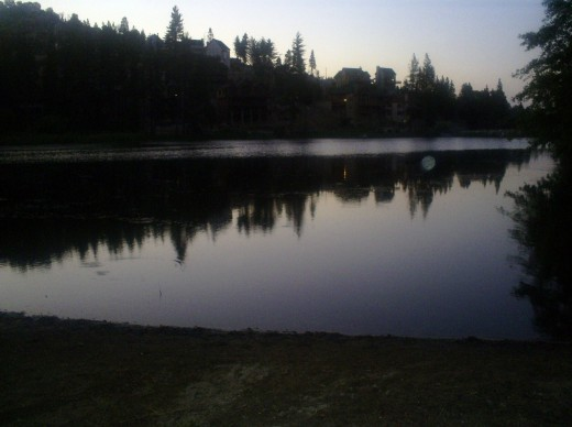It is very calm and tranquil here at Grass Valley Lake near nightfall.