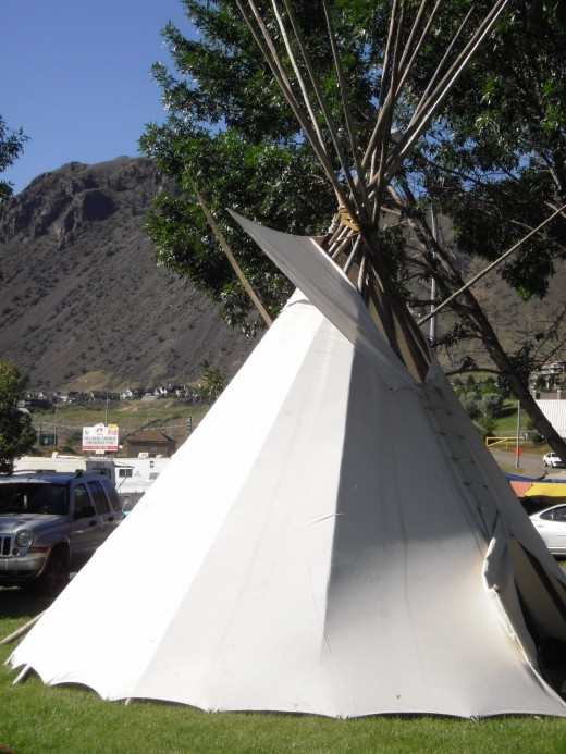 The tipi and the sacred mountain