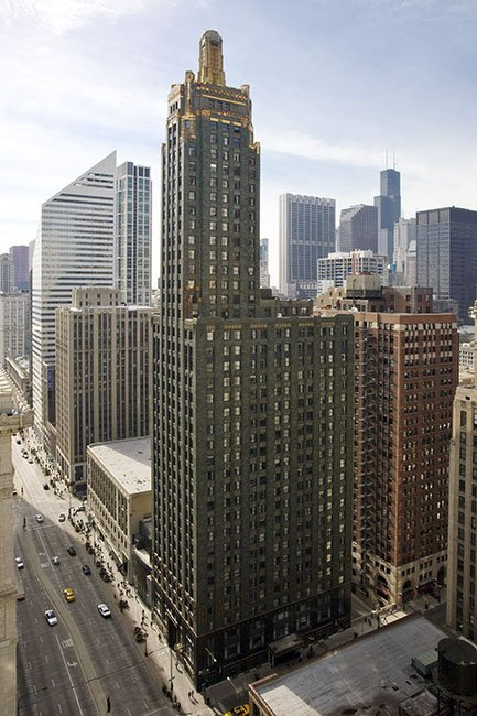 Full view of the 503-foot, 37-story Carbide and Carbon Building, now the Hard Rock Hotel Chicago.