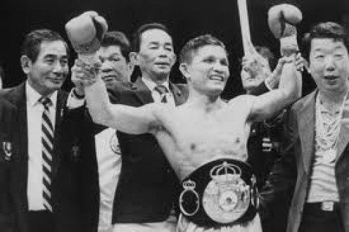 Khaosai Galaxy was an excellent boxer puncher who could end a fight by knockout or box on his toes for twelve rounds.