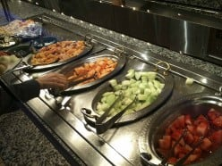 15 tips for eating healthy at a buffet!