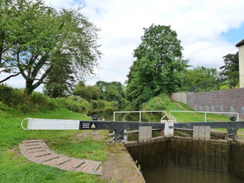 Lock to the canal