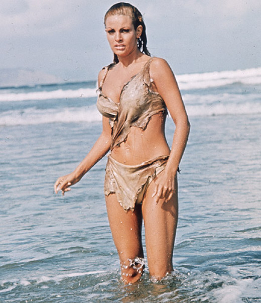 Raquel Welch: raised the bar of hotness with her caveman bikini.... yowza!