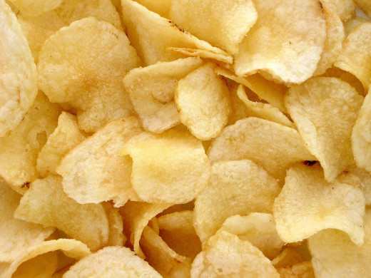 Potato Crisps - Image Credit: Evan-Amos via Wikimedia Commons.