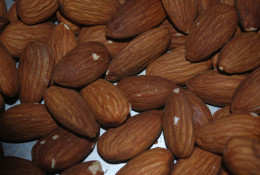 Almonds can help improve digestive health with its fiber content.