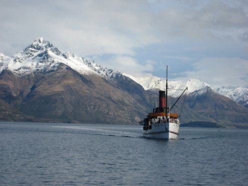 The TSS Earnslaw arriving at Queenstown from one of its daily trips