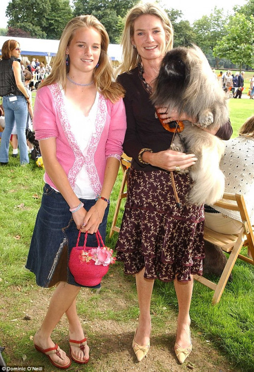 Cressida Bonas and her mother, Lady Mary-Gaye Georgiana Lorna Curzon
