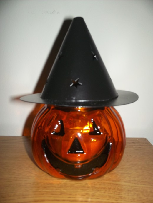 New Yankee Candle candle holder for Halloween 2012.
