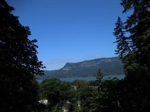 View from Multnomah Falls Walking Trail