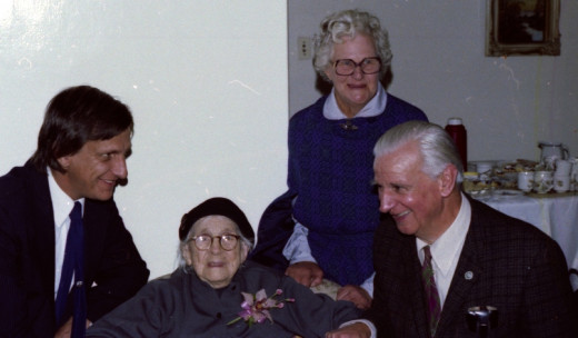 Old Aunt Hettie's 100th birthday - that's me on the left, the old lady,. my mother Marge and father Murray.