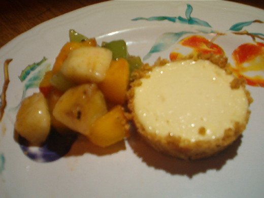 Cheesecake Tarts with fruit salsa