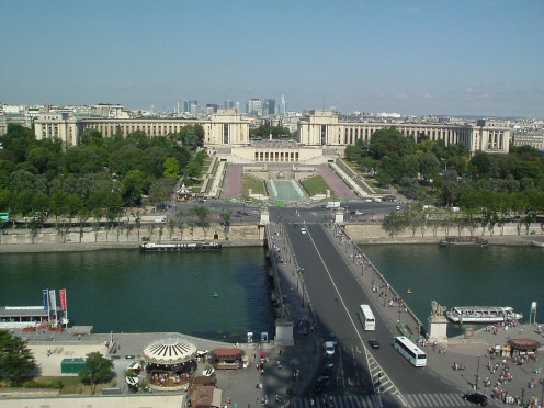 Trocadéro gardens over the Seine, with the Palais de Chaillot in the background, viewed from the Eiffel Tower