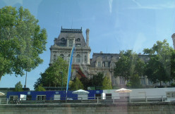 Le Louvre, taken from the riverboat