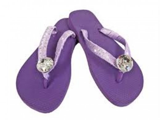 PURPLE FLIP-FLOPS WITH BLING
