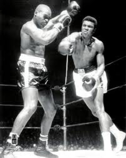 Cassius Clay AKA Muhammad Ali now, won a Decision over hard hitting Doug Jones to help secure a title shot at then champion, Sonny Liston.