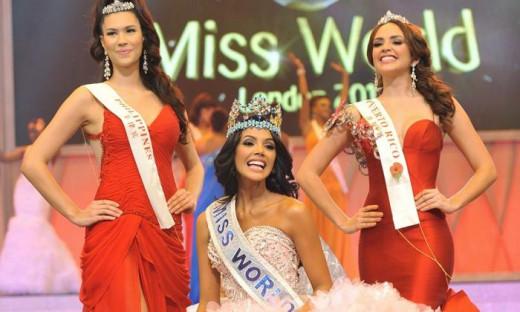 L to R, Gwendolyn Gaella Sandrine Ruais, 21, Ivian Lunasol Sarcos Colmenares, 22, and Amanda Victoria Vilanova Perez, 19