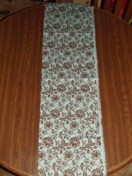 Finished table runner.
