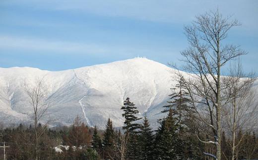 Mount Washington viewed from Bretton Woods near Crawford Notch