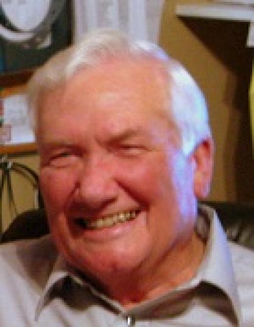 Author Robert Hewett Sr.