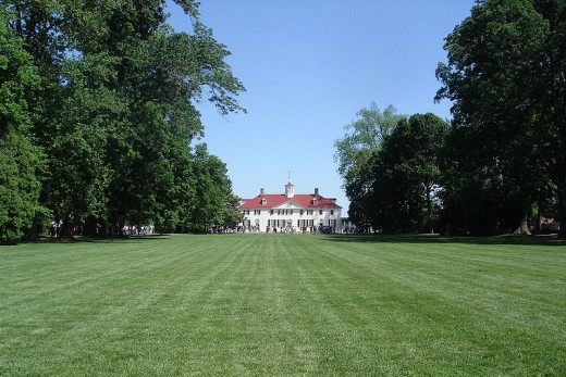 Mount Vernon, the house of George Washington, viewed from the front lawn