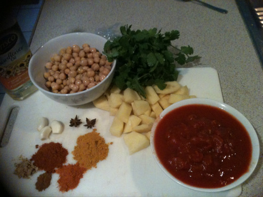 The beginnings of Chickpea and Potato Curry
