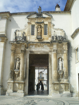 Old Gate at Faculty of Law, called - in Portuguese - Porta Férrea