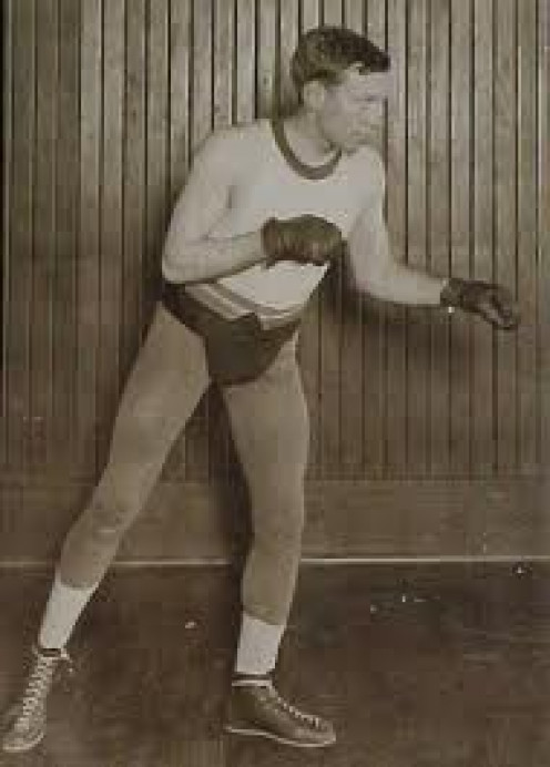 Jimmy Wilde was one of the greatest little boxers the world has ever known. His defense, jab and perfect timing were extraordinary.