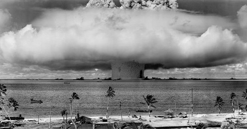 First hydrogen bomb detonated at Bikini islands